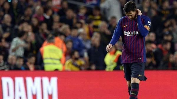 ميسي يطالب البارسا بالتعاقد مع 4 لاعبين بينهم عربي