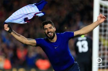 برشلونة يكسر صمود اتلتيكو مدريد ويقترب من حسم الليجا