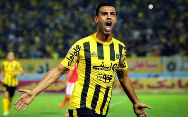 مروان حسين: لا أمتلك جيشا الكترونيا ..وذنبي لعبت بجانب يونس محمود