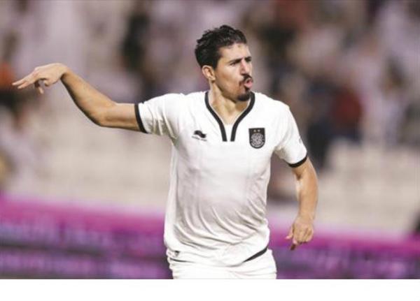 جزائري يكسر رقم يونس محمود بعد 13 عاماً من الصمود